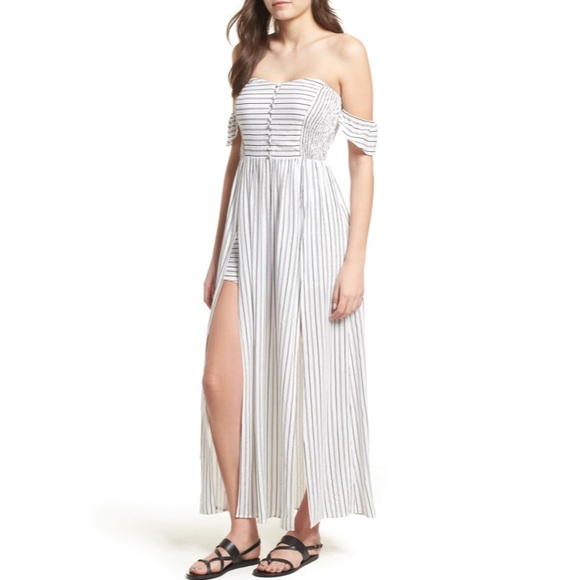 Lush Dresses & Skirts - 💃Darling Maxi Dress Off The Shoulder Maxi Dress